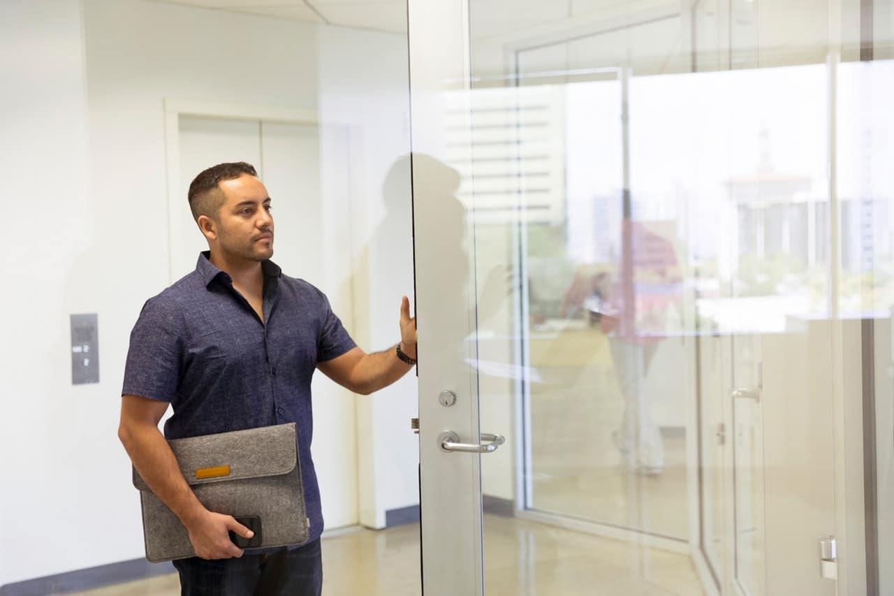 Vídeos para que tu venta a puerta fría tenga éxito